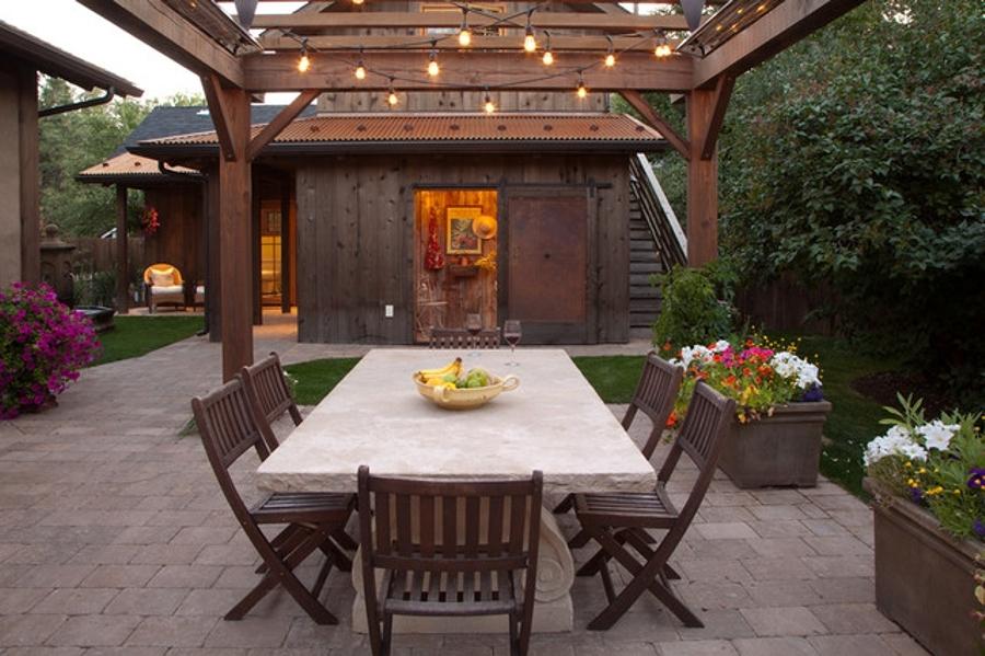 Haz brillar tu terraza con guirnaldas luminosas ideas for Guirnaldas de luces para exterior