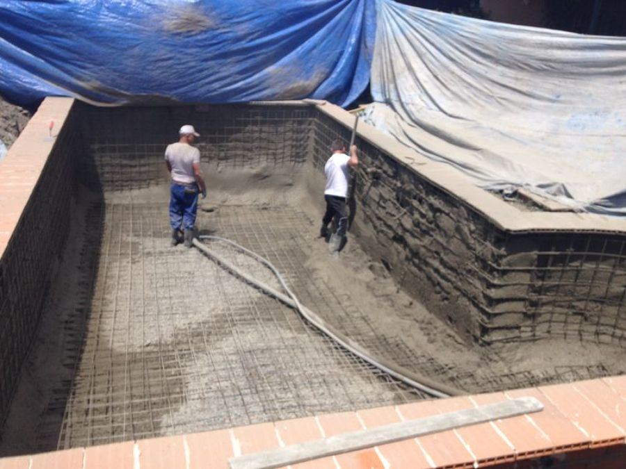 Piscina en guadarrama ideas construcci n piscinas for Piscina guadarrama