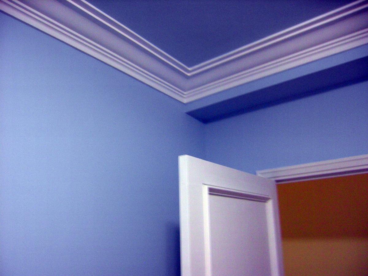 Pintar piso en color y lacar puertas y rodapies ideas - Molduras de techo ...