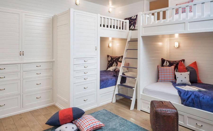 Tunean una cama de ikea para que duerma toda la familia for Habitaciones infantiles dobles ikea
