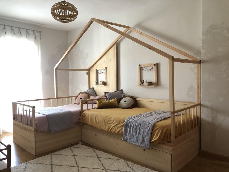 Habitación compartida con cama montessori