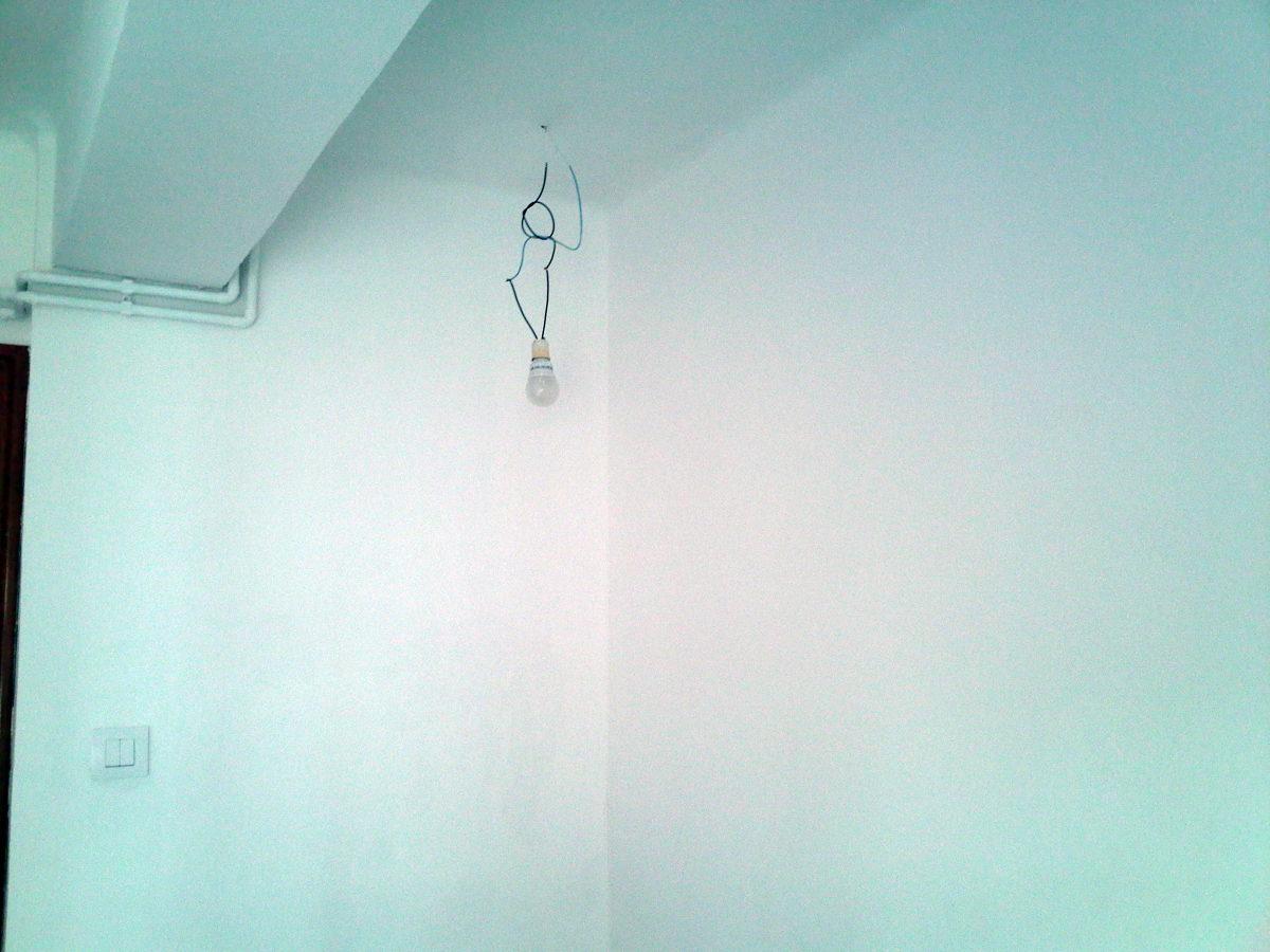 Habitacion con tratammiento y sin gotelé, paredes lisa y pintadas