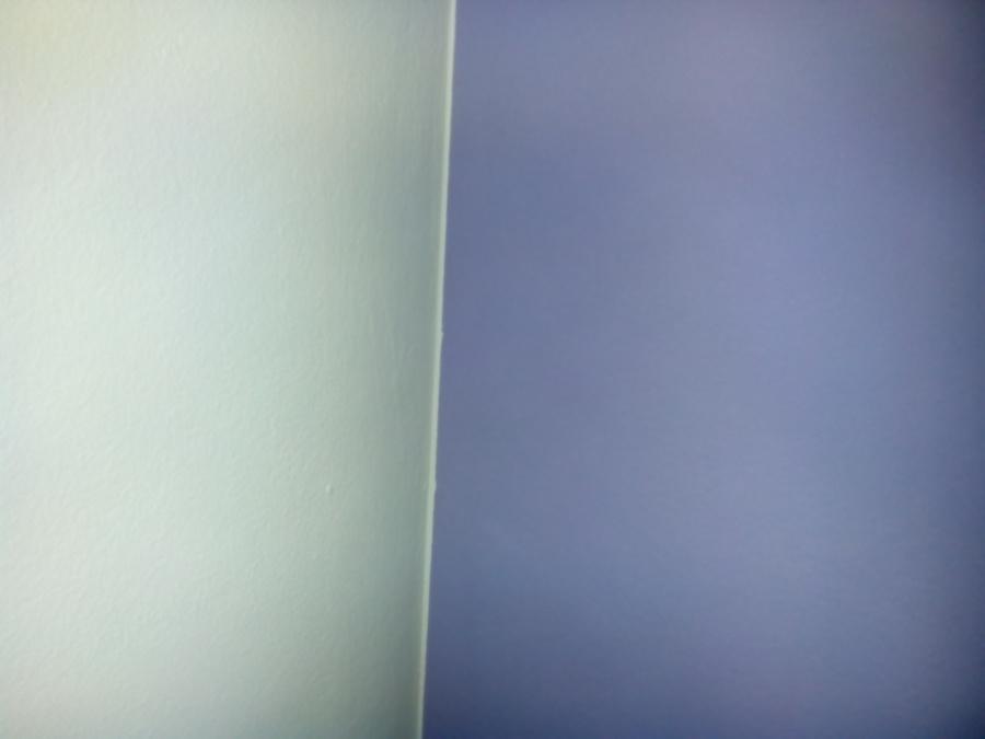 Foto habitacion de ni a pintada en dos colores de yosef - Pintar un salon en dos colores ...
