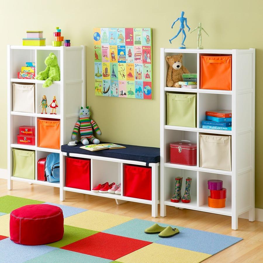 Foto Habitaci N Infantil Con Estanter As Madera De Elenatorrente  ~ Estanterias Dormitorios Juveniles