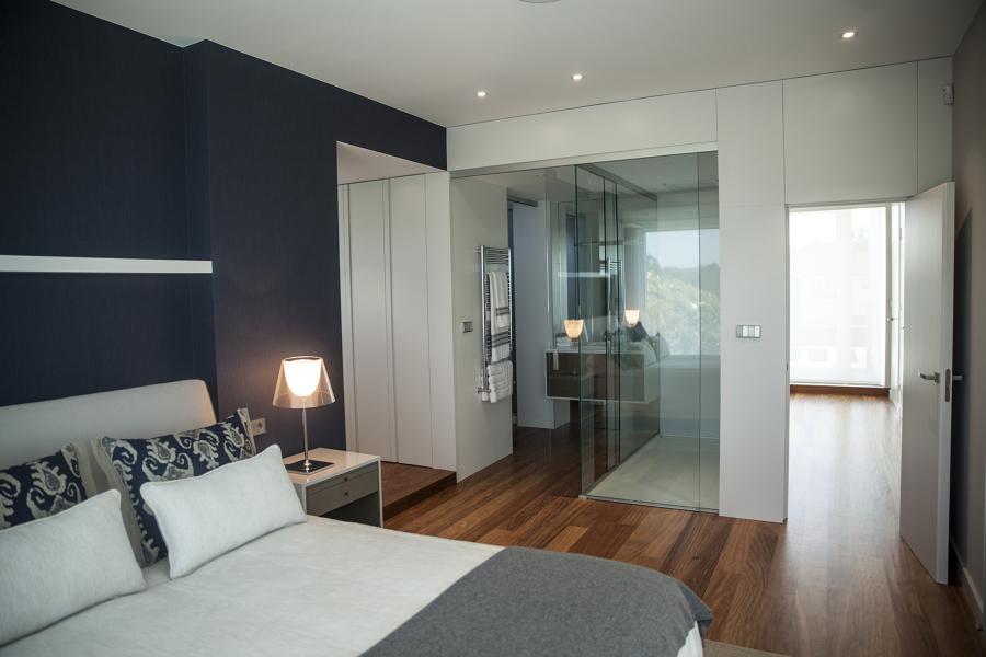 Habitación principal con baño integrado