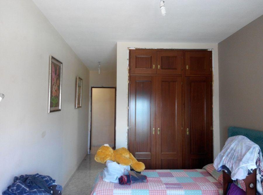 Habitación princpial con parte del pintado.