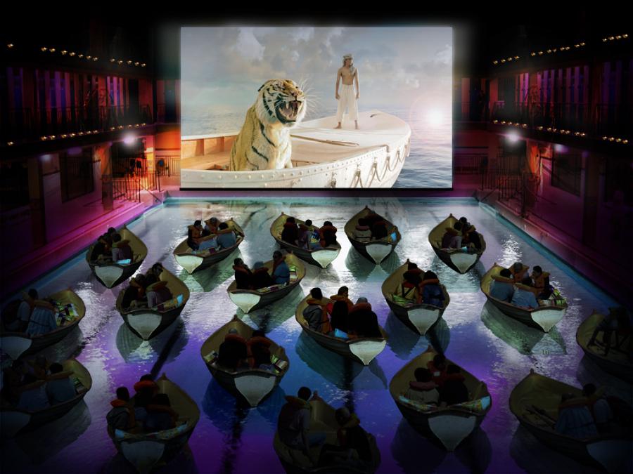 home-cinema-en-la-piscina