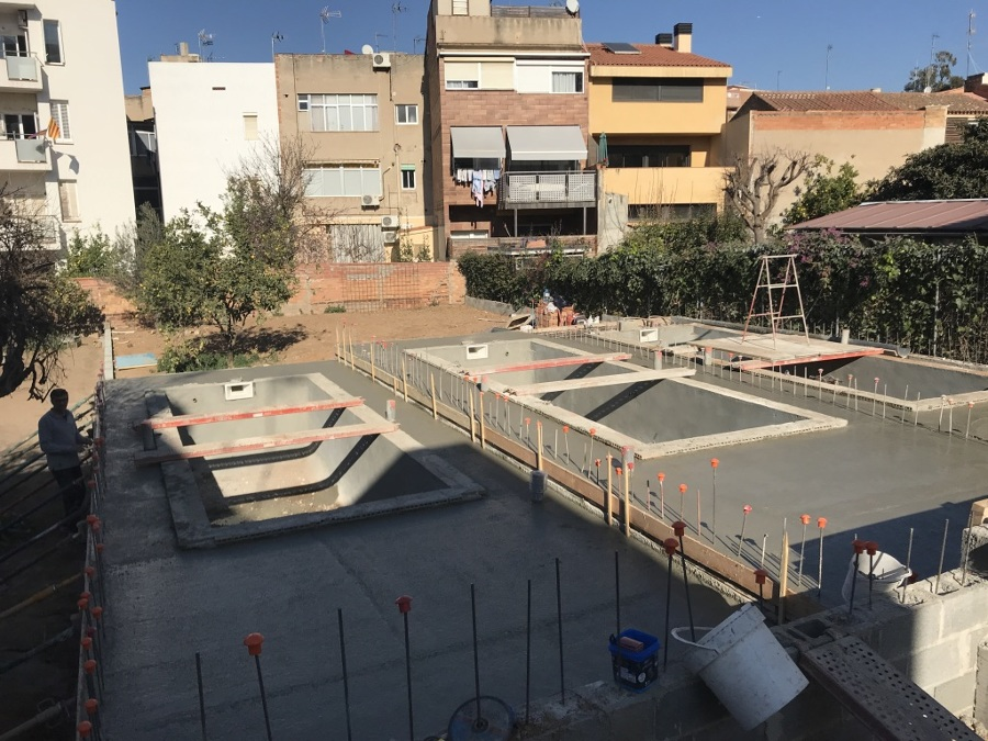 Hormigonado pavimento piscinas