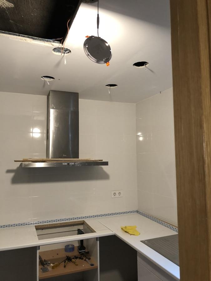 Huecos para luz led nuevas en cocina