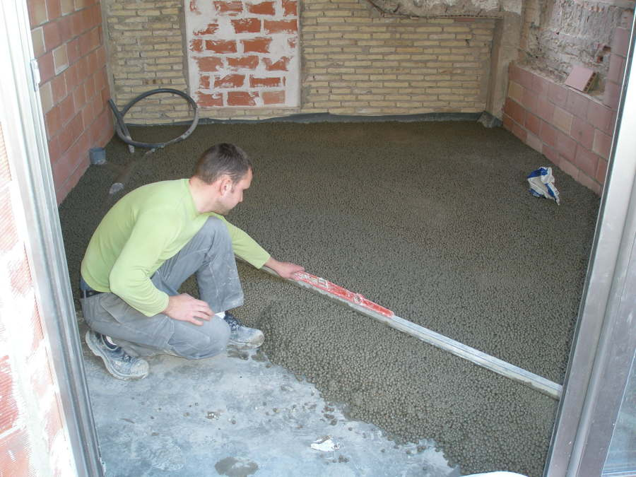 igualando la caída de la terraza con ar lita 15 cm de espesor