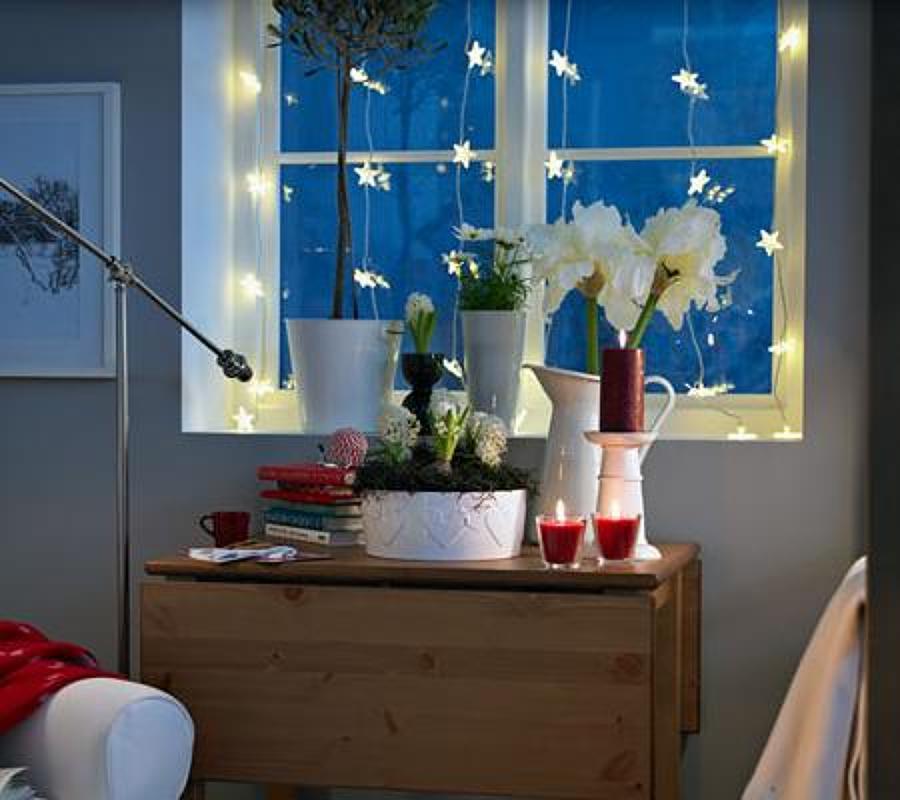 Ideas para decorar las ventanas en navidad ideas for Decorar las puertas en navidad
