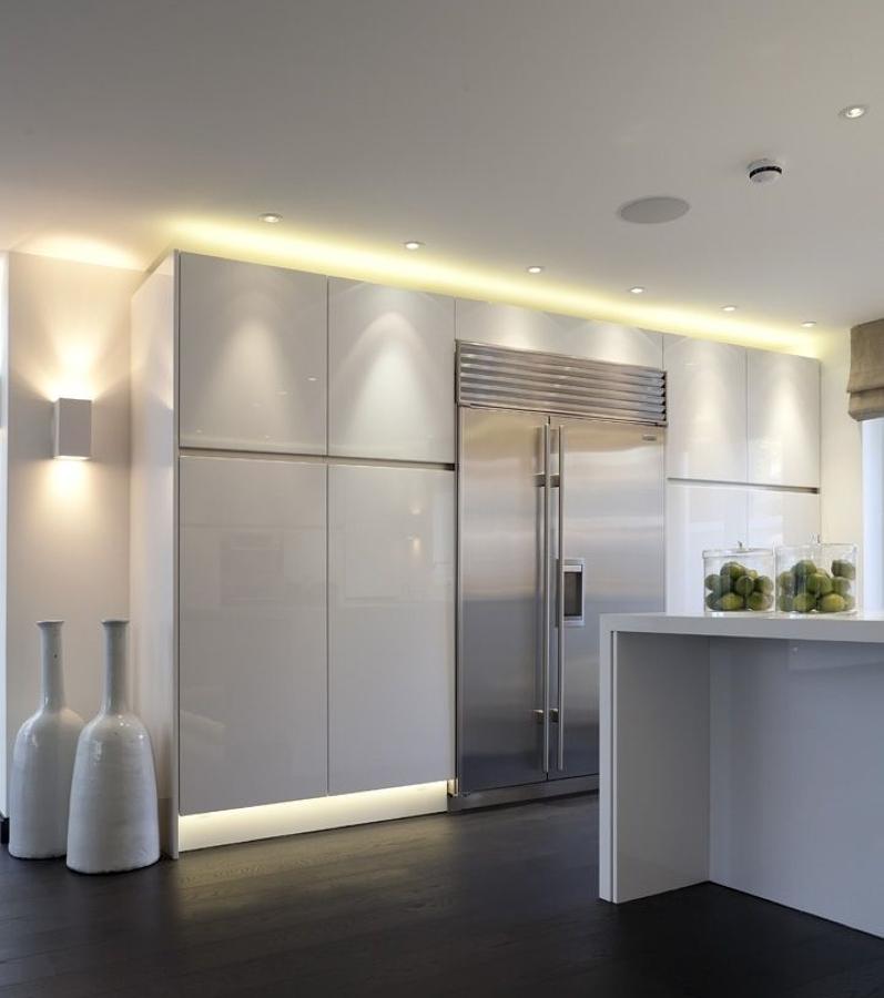 Qu tipo de luz debo elegir para mi cocina ideas - Iluminacion muebles cocina ...
