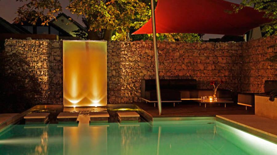Fuentes decorativas un oasis en tu terraza o jard n for Fuentes de jardin modernas