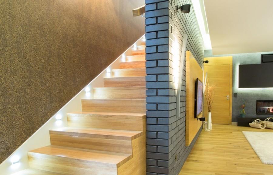 Foto iluminaci n escaleras de loxone 900036 habitissimo - Iluminacion de escaleras ...