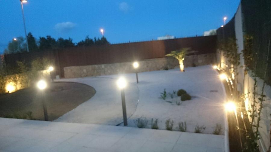 Iluminacion en jardin ideas electricistas - Iluminacion para jardin ...