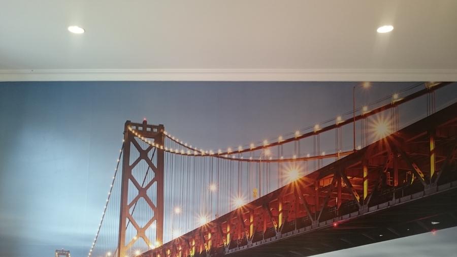 Iluminación led para pared con foto