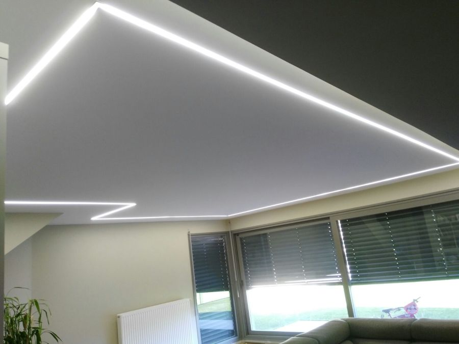 Foto iluminacion mediante tiras de led empotradas en el for Iluminacion led malaga