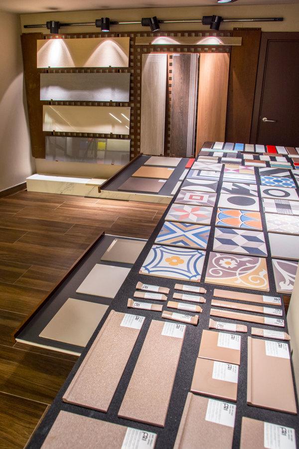 Iluminación para techos bajos y mobiliario a medida