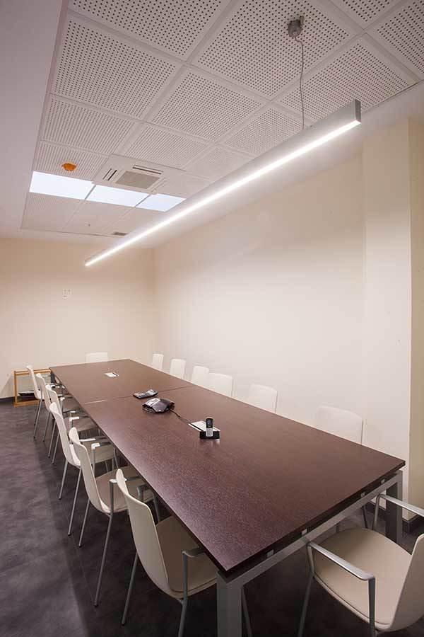 Iluminación sala de reuniones