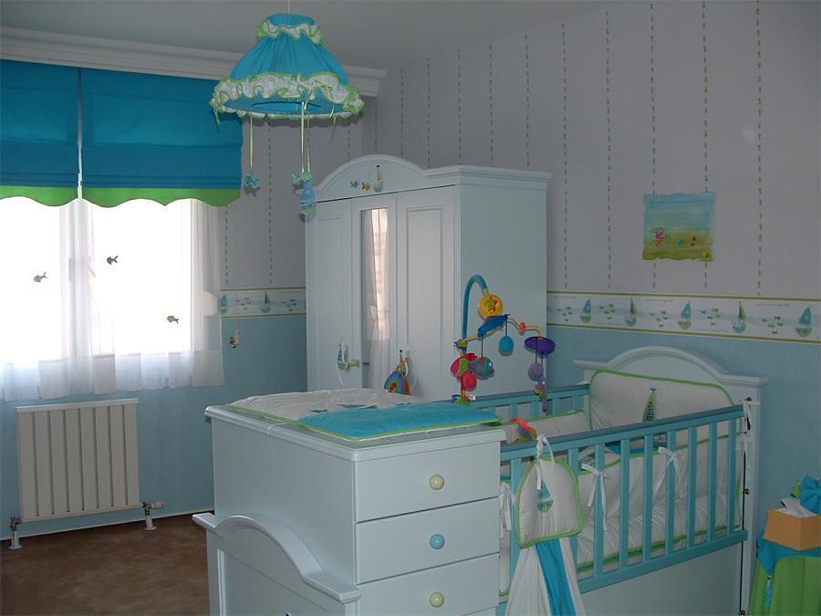 C mo iluminar el dormitorio de un beb ideas - Iluminacion habitacion bebe ...