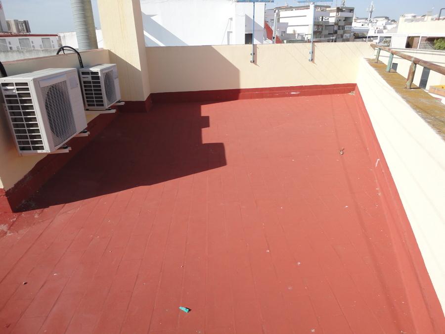 Impermeabilización de cubierta en Huelva