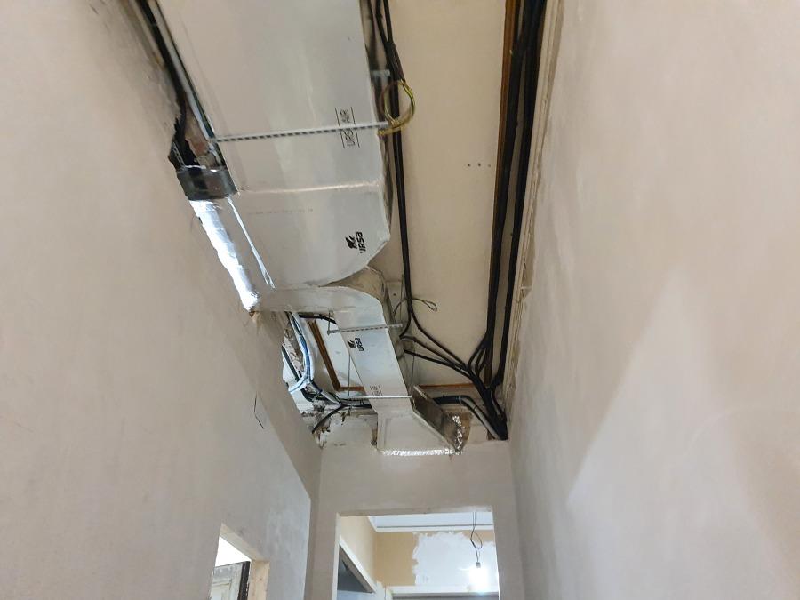 Instalacion A/A conductos 12.000 frigorias