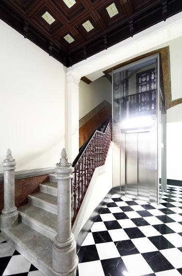 instalacion ascensor finca Barcelona