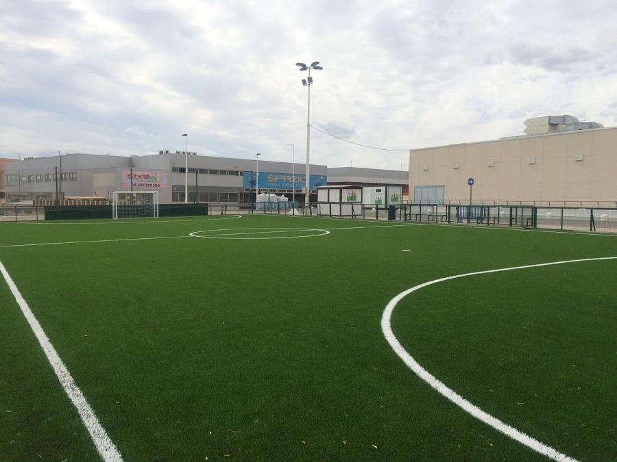 Instalación campo de futbol en C.C L'Aljub de Elche