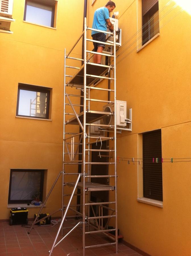 Instalación compresores (Unidades exteriores)
