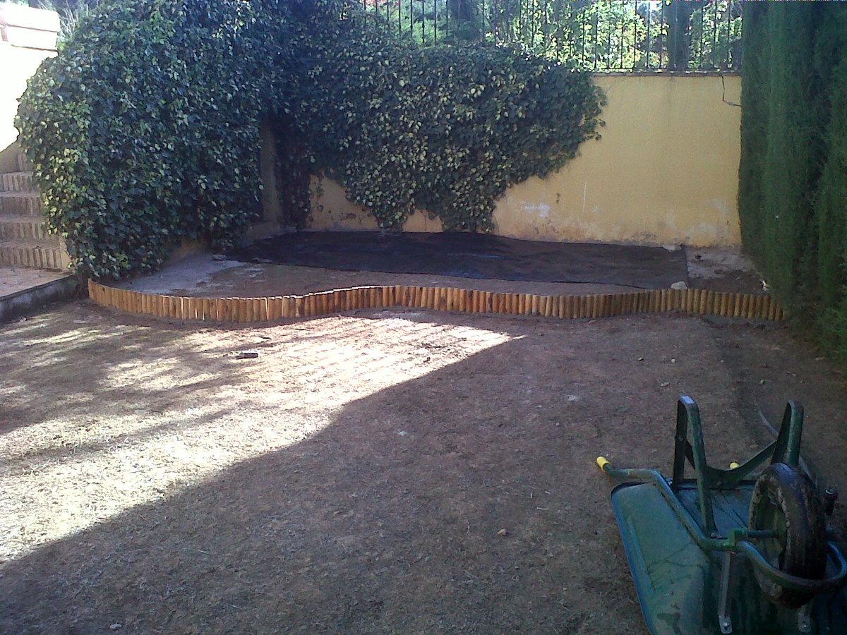 Casa residencial familiar instalacion de puertas jardin - Puertas de jardin ...