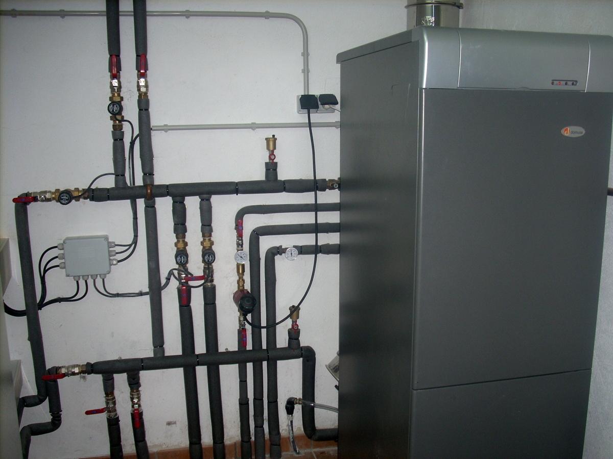 Foto instalaci n de caldera con acumulaci n acs 150 for Calderas para calefaccion
