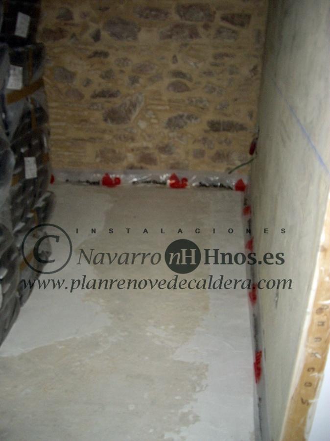 Instalaci n de calefacci n por suelo radiante en el puig valencia ideas calefacci n - Calefaccion por el suelo ...