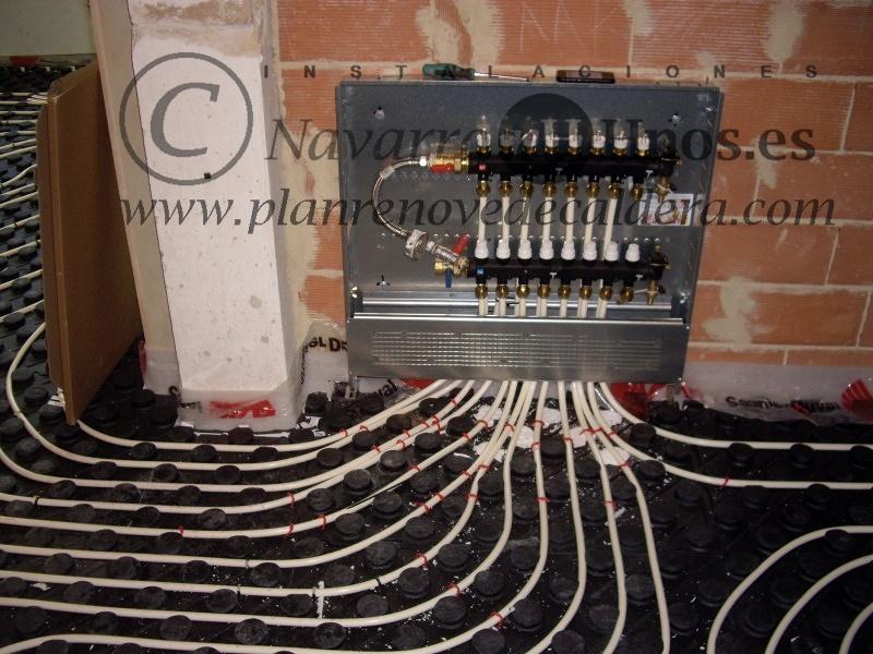 Foto instalaci n de calefacci n por suelo radiante en el - Calefaccion por hilo radiante ...