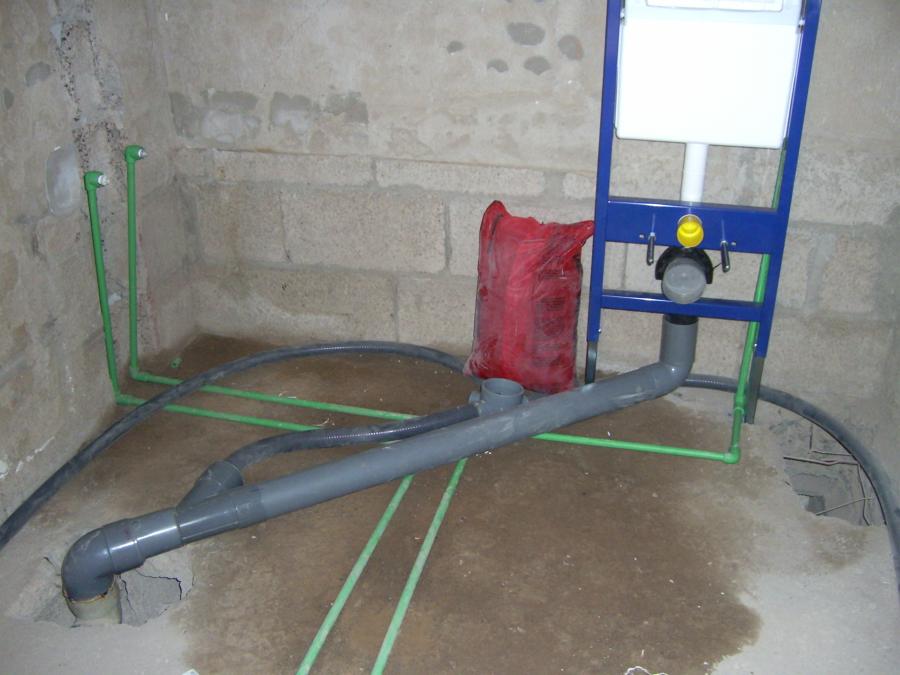 Foto instalacion de cisterna empotrada de c weyler - Cisterna empotrada ...