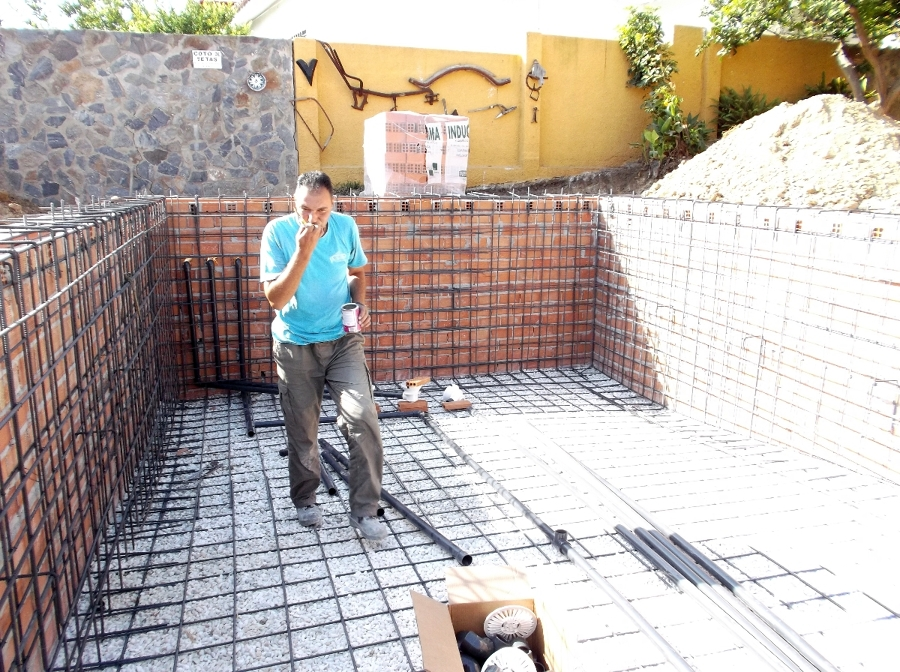 Foto instalaci n de fontaneria de piscinas leal 416799 for La proveedora de fontaneria