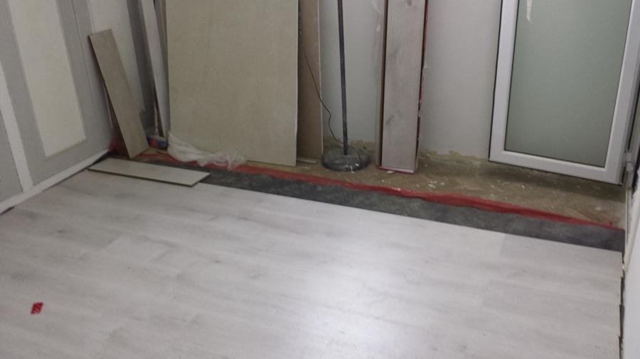 Reforma de piso completo en calle calabria de barcelona for Instalacion de parquet