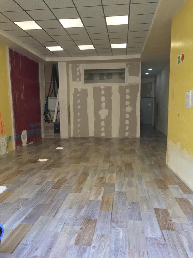 Instalación de pavimento y tabiqueria