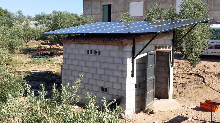 Instalación de riego directo con placas solares