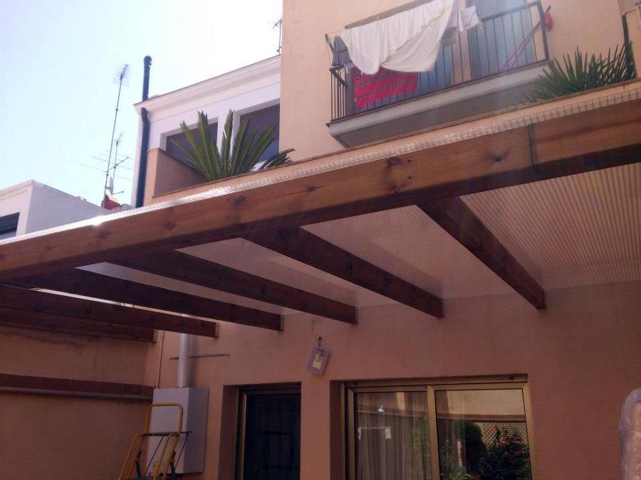 Instalación de techo de policarbonato