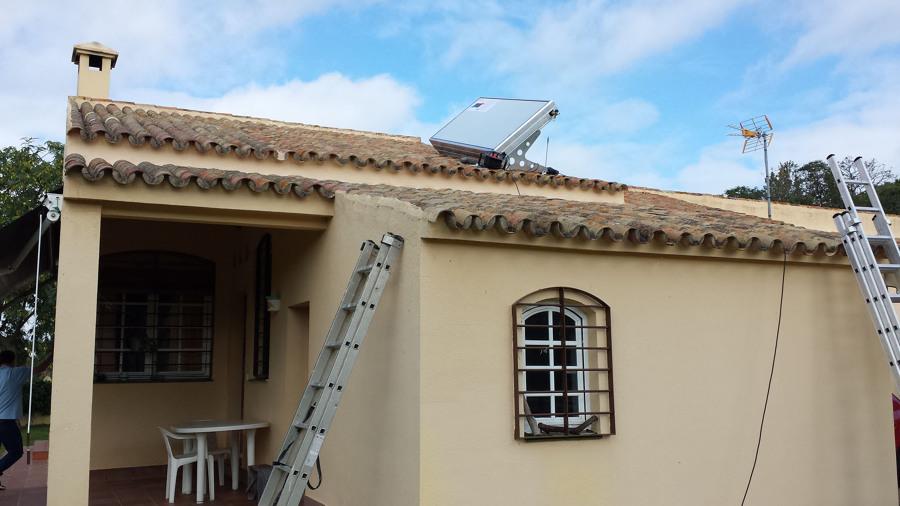 instalación del equipo solar ACS