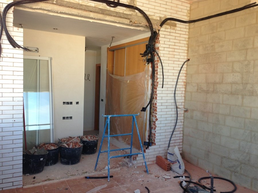 Instalación eléctrica para ampliación habitación