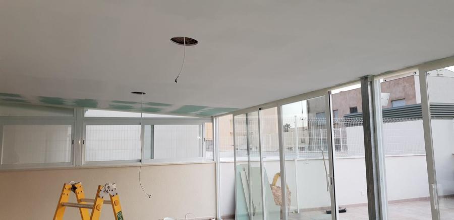 Instalación eléctrica y acabado techo