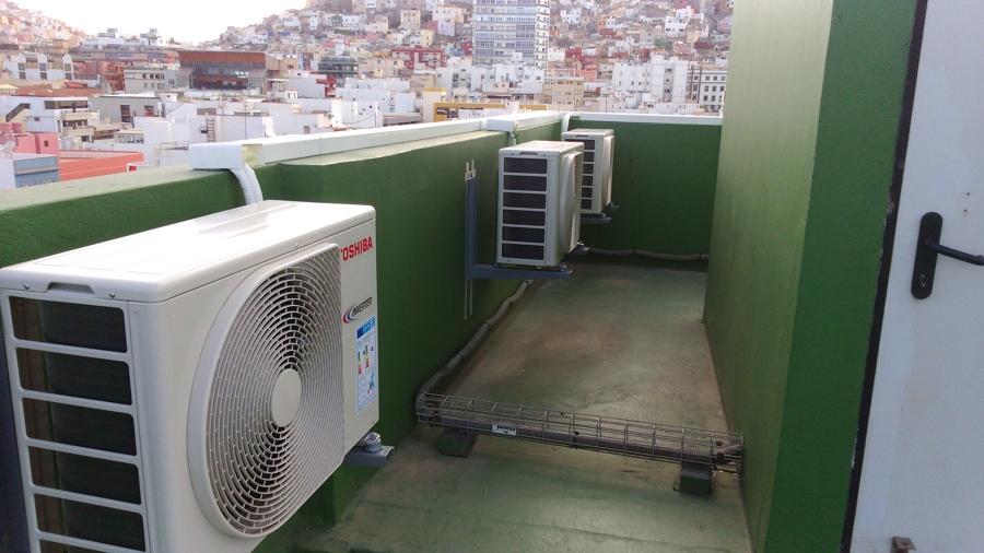 Oficinas en triana ideas aire acondicionado for Aire acondicionado oficina