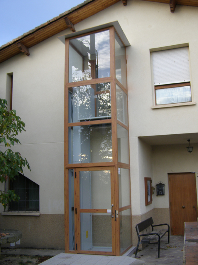 Instalacion exterior, cerramiento cristal