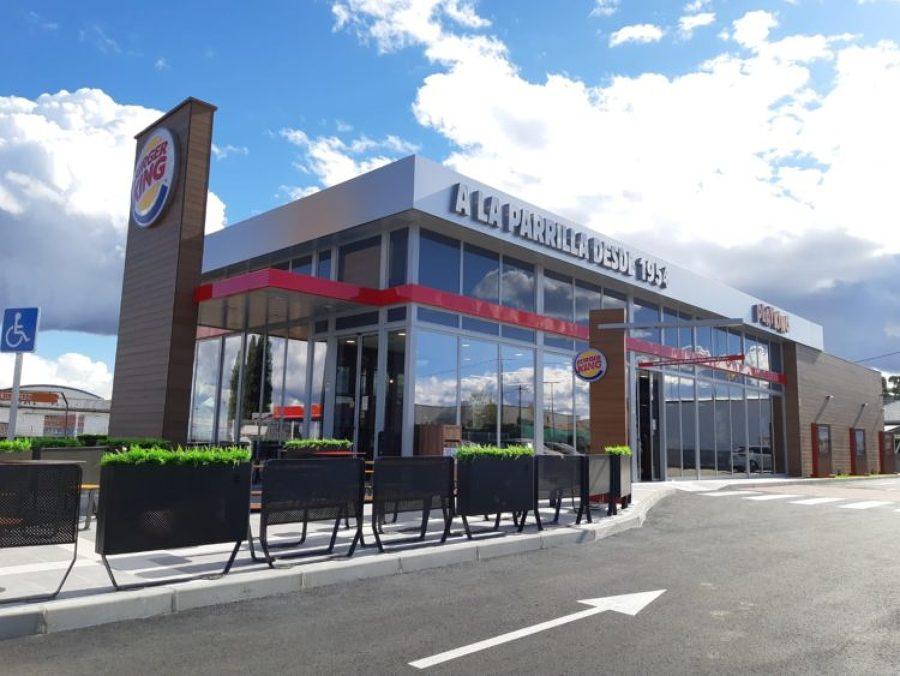 Instalación puntos de recarga Burger King