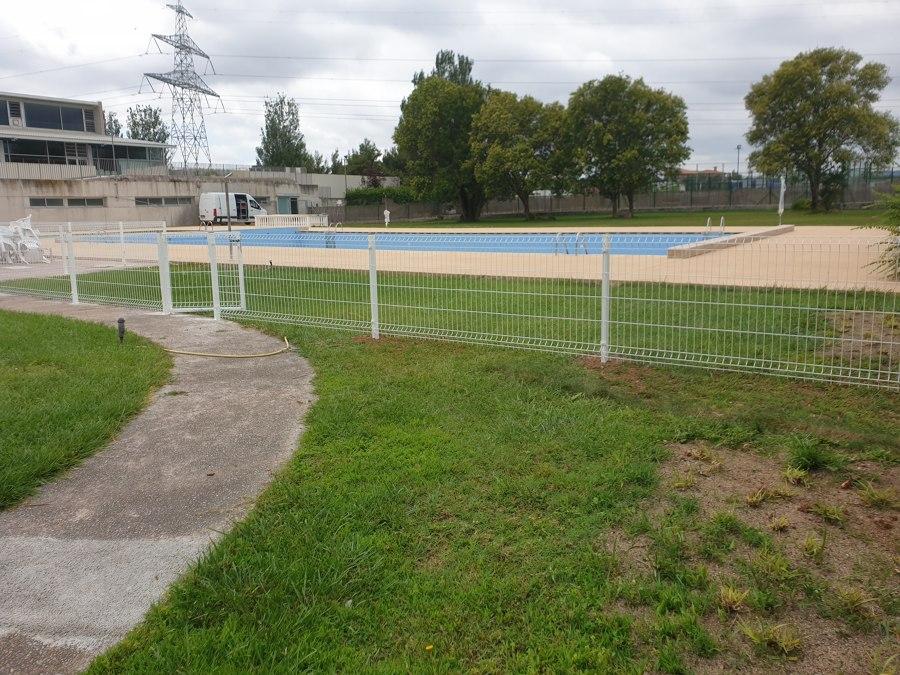 Instalación vallado piscina
