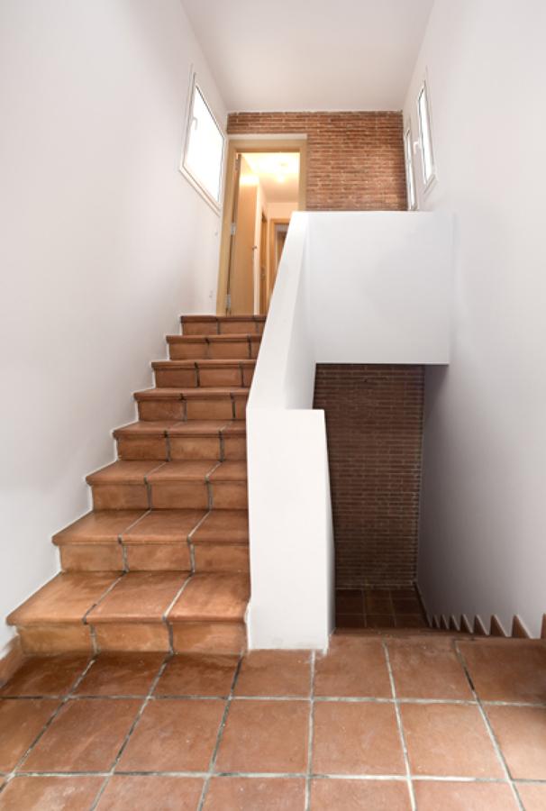 Interior escaleras principales