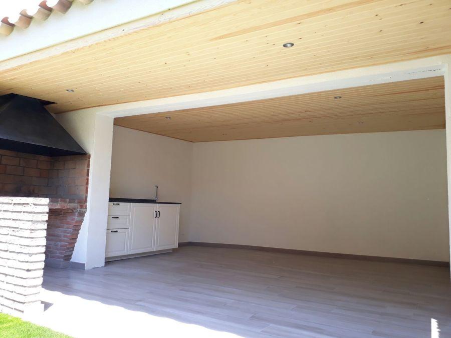 Interior porche