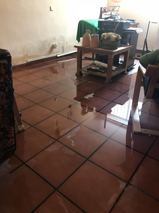 Inundación domicilio particular