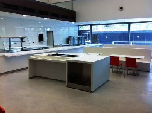 Mobiliario cafeteria oficinas repsol ideas carpinteros for Repsol oficinas